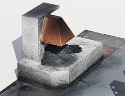 Bausatz bemalt und gealtert, mit echter Kohle beklebt